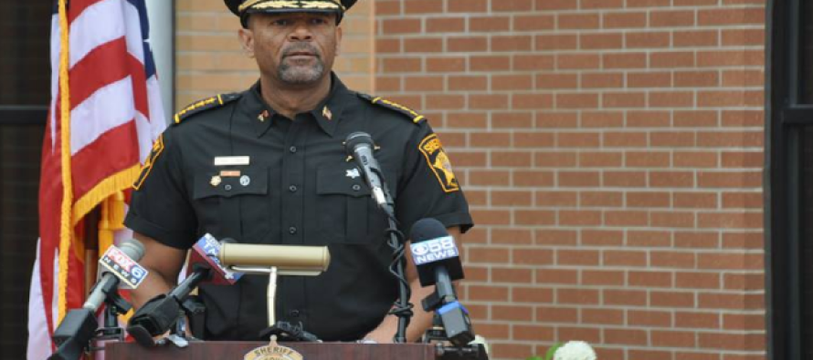 Sheriff Clarke Sends THIS Message To Obama – As Americans Claim There's Blood On Beyonce's Hands