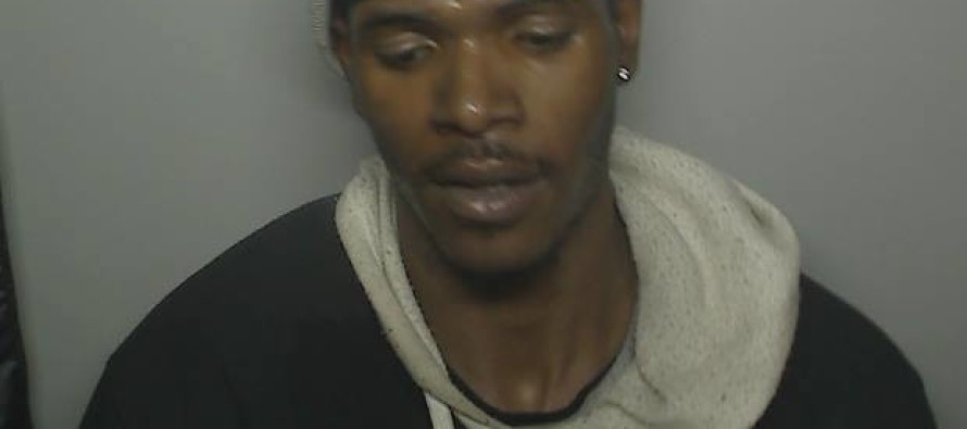Genius Criminal Robs Photo Booth, It Snaps Picture Of Him