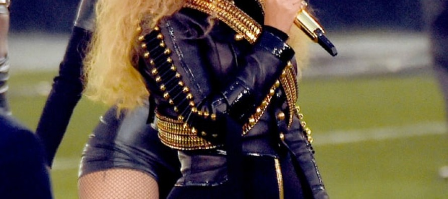 Beyoncé Makes HUGE Controversial Statement During Super Bowl – A Bad Sign of Things to Come