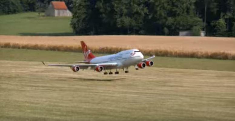 drone 747