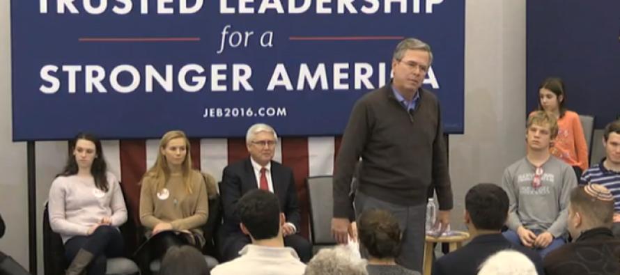 CRINGE Worthy Moment Jeb Bush Told Silent Crowd, 'Please Clap' [VIDEO]