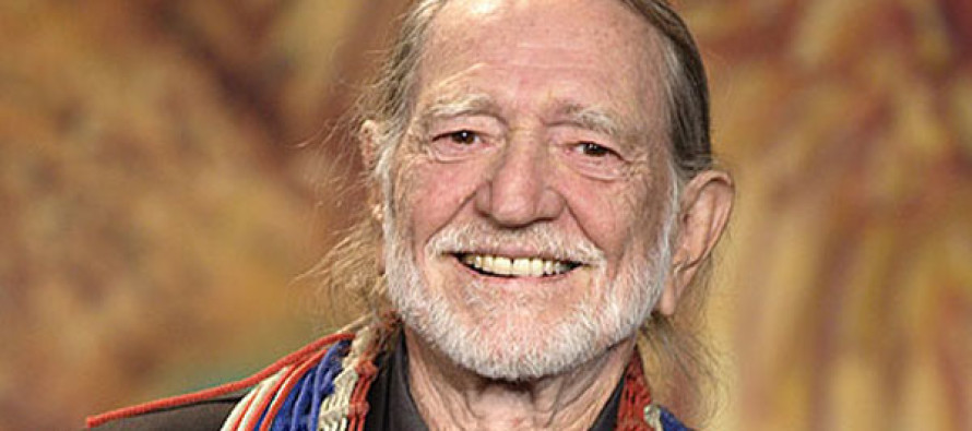 Willie Nelson Makes Tragic Announcement – Prayers Needed