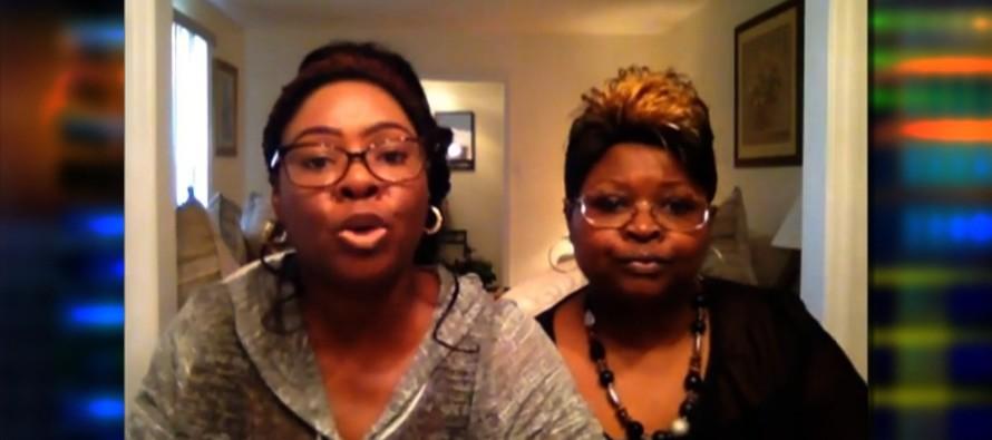 'Stump for Trump' Girls Send BRUTAL Message to Michelle Fields