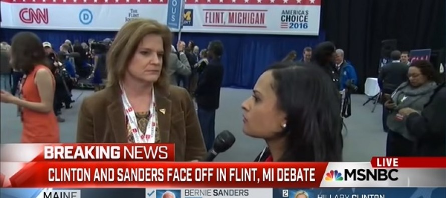 Watch: Reporter Caught On Hot Mic Helping Clinton Campaign. She Didn't Know She Was Live…