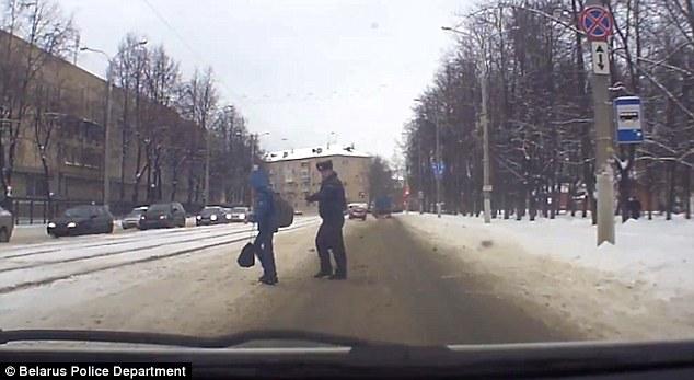 cop saves boy