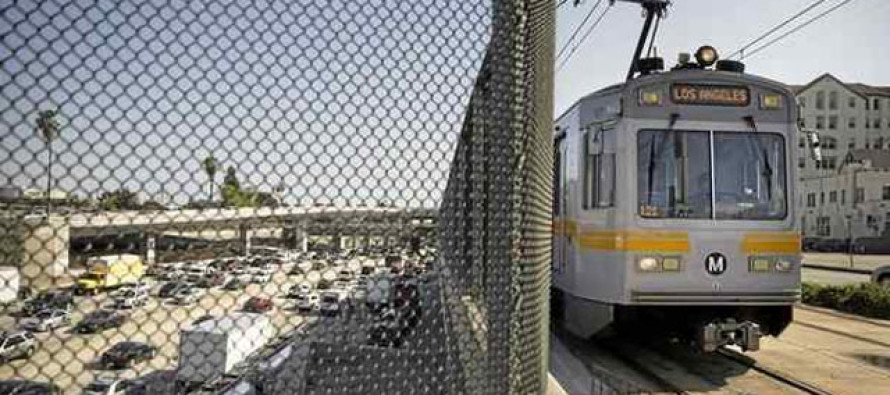 VIDEO: Troublemaker High on Drugs Gets Dealt with Brutally on Los Angeles Metro