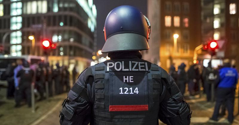 020616germanpolice