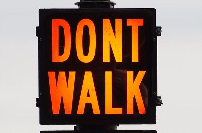 dont-walk-sign
