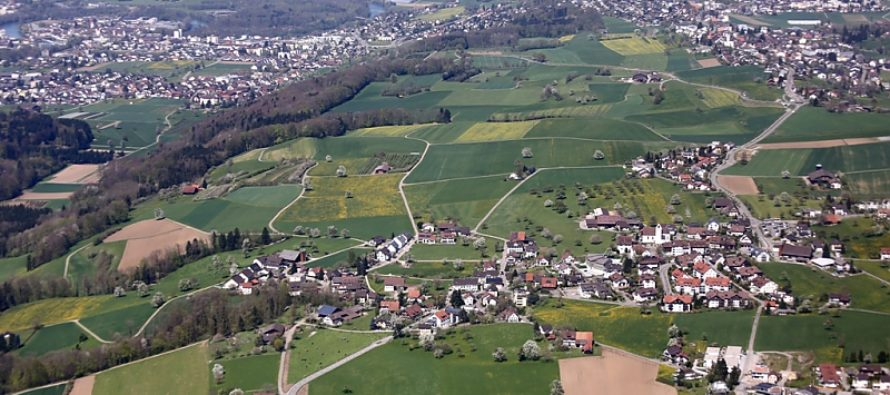Swiss village chooses to pay $300,000 fine rather than take in 10 immigrants
