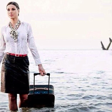 3469835C00000578-3600386-EgyptAir_stewardess_Samar_Ezz_Eldin_had_posted_a_picture_of_an_a-a-52_1463735906887