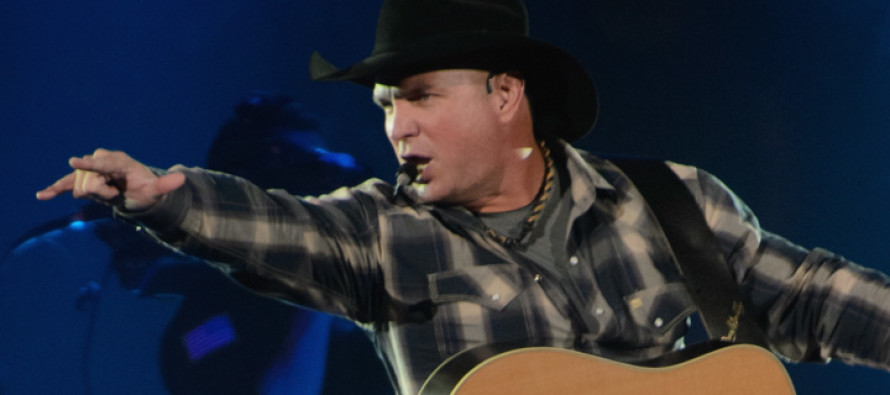 Garth Brooks Shocks Fans With THIS Announcement