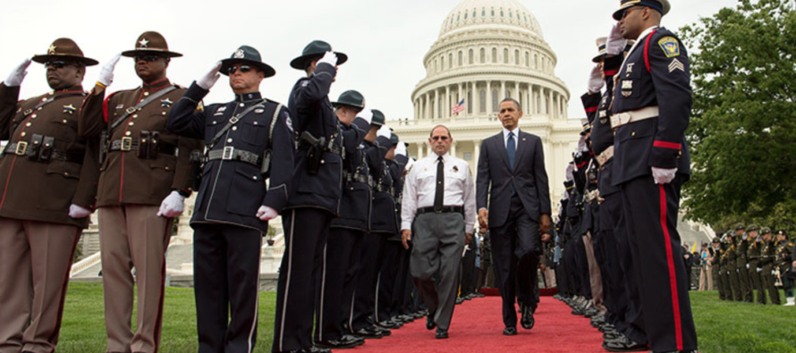 Police Union Leader OBLITERATES Obama for Bashing Cops