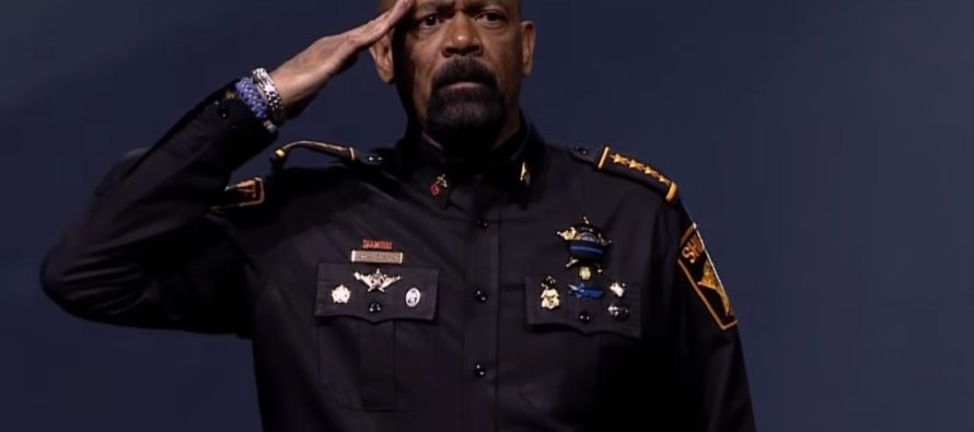 Sheriff Clarke Pisses Off LIBERALS – Tells Them Where They Can Put Their Gun Free Zones! [VIDEO]