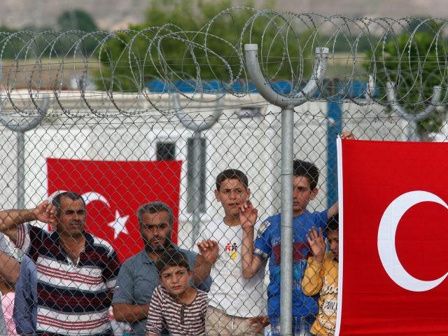 syrian-refugees-turkey-camp-associated-press-640x480
