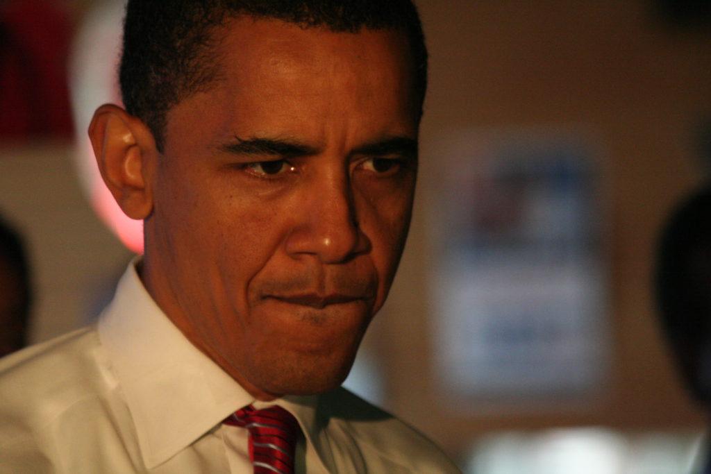 Barack-Obama-looking-nervous