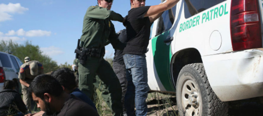 LIBERAL Journalist Goes To The US Border To Test Trump's Theory – SHOCKED To Learn Results… [VIDEO]