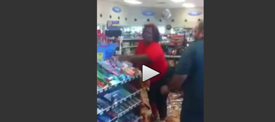OMG: Obese Woman's Food Stamps Card Is Declined… So She Does THIS [VIDEO]