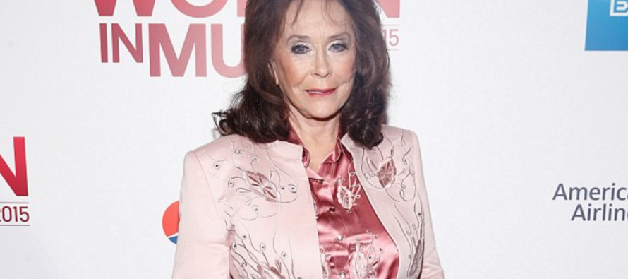 Loretta Lynn Makes Sad Announcement – Please Pray
