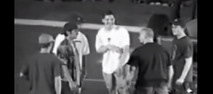 VIDEO: Skaters takes on 4 jocks mocking him AND WINS