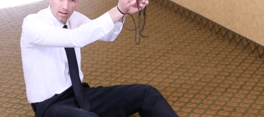 EX-CIA Agent explains how to get free if your hands are tied with rope