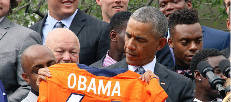 Peyton Manning Sends Obama a STERN Message During Welcome