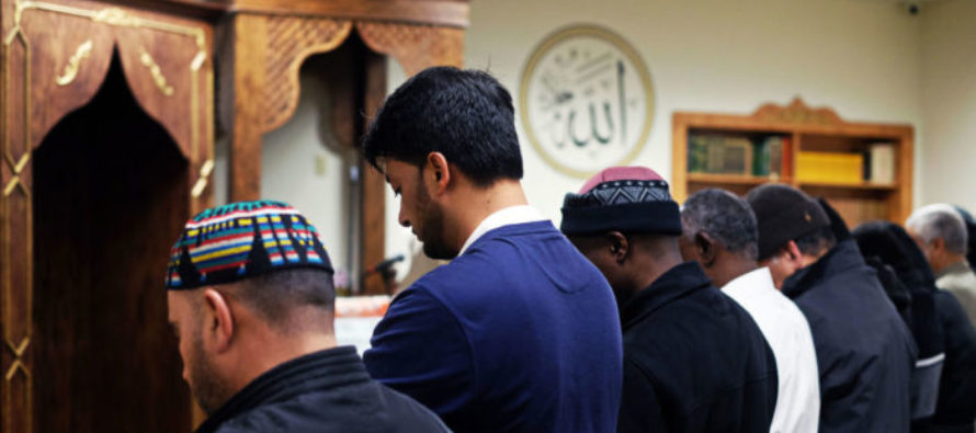 Muslims Sue Japanese Gov't For Blanket Surveillance – Japan Gives Them Middle Finger by Doing THIS!
