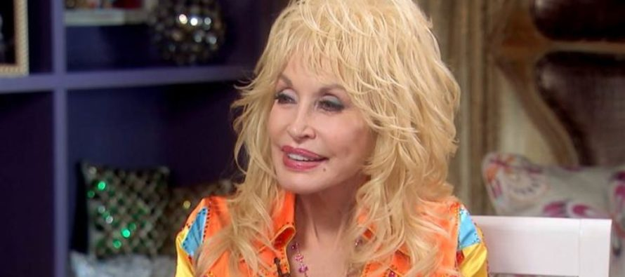 Outrage After Dolly Parton Says THIS About Hillary Clinton