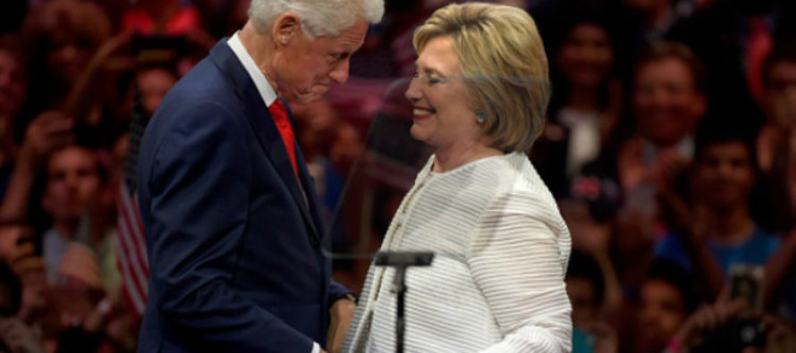 Hillary Under Fire After THIS Leaks to the Public… This Could End Her