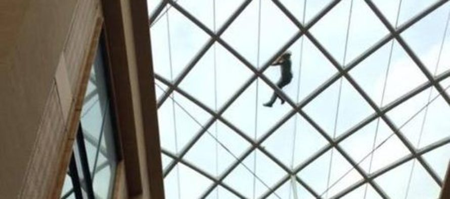 Man Gets New Job, Gets Drunk, Wakes Up On 75 ft. High Glass Roof [VIDEO]