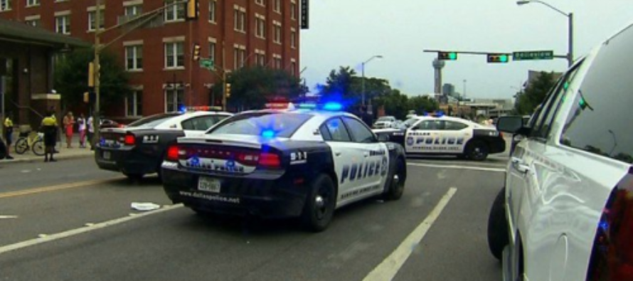 DALLAS Part 2: 'Armed Masked Man Was Seen In Police Headquarters' Threatens To Kill MORE Cops!