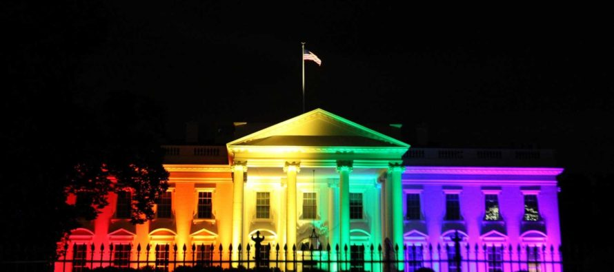 Obama Refused To Light White House Blue For Our Fallen Police – So Americans Made THIS Happen!
