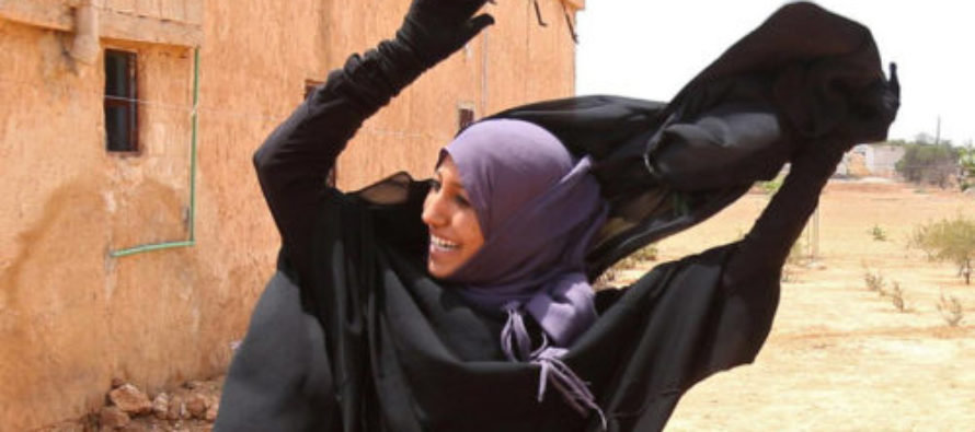 FREEDOM: ISIS Victims Set Afire Their Despised Niqabs, After Islamists Are KICKED Out Of City!