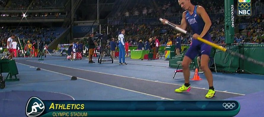 Olympic Pole-Vaulter Stops Running to Honor America in an EPIC Way [VIDEO]