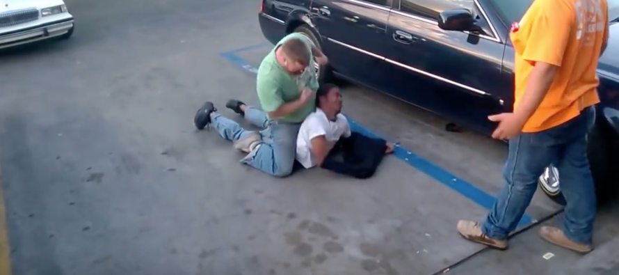 Inner City Thug Attacks Arizona Trucker… BAD IDEA! [VIDEO]