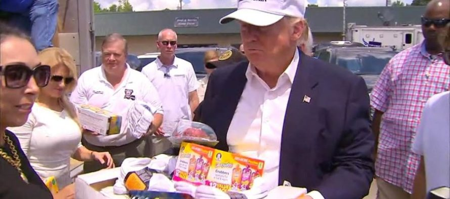 """Flood Victims Of Louisiana Tear Up As TRUMP Arrives – """"We knew you'd be here!"""" [VIDEO]"""