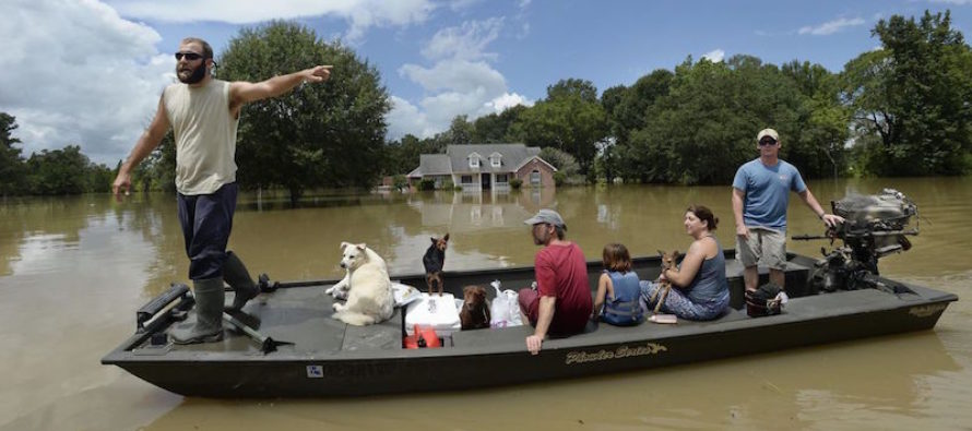 """""""Cajun Navy"""" Saves THOUSANDS, Just To Get SLAPPED With SICK News From The Government… [VIDEO]"""