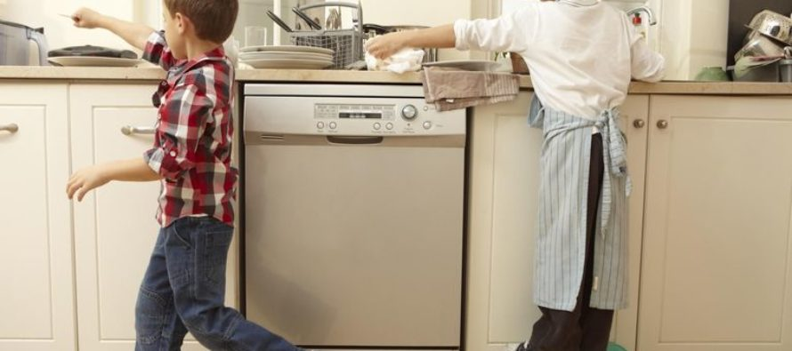 Mom Comes Up With the Perfect Way to Ensure Her Kids Do Their Chores