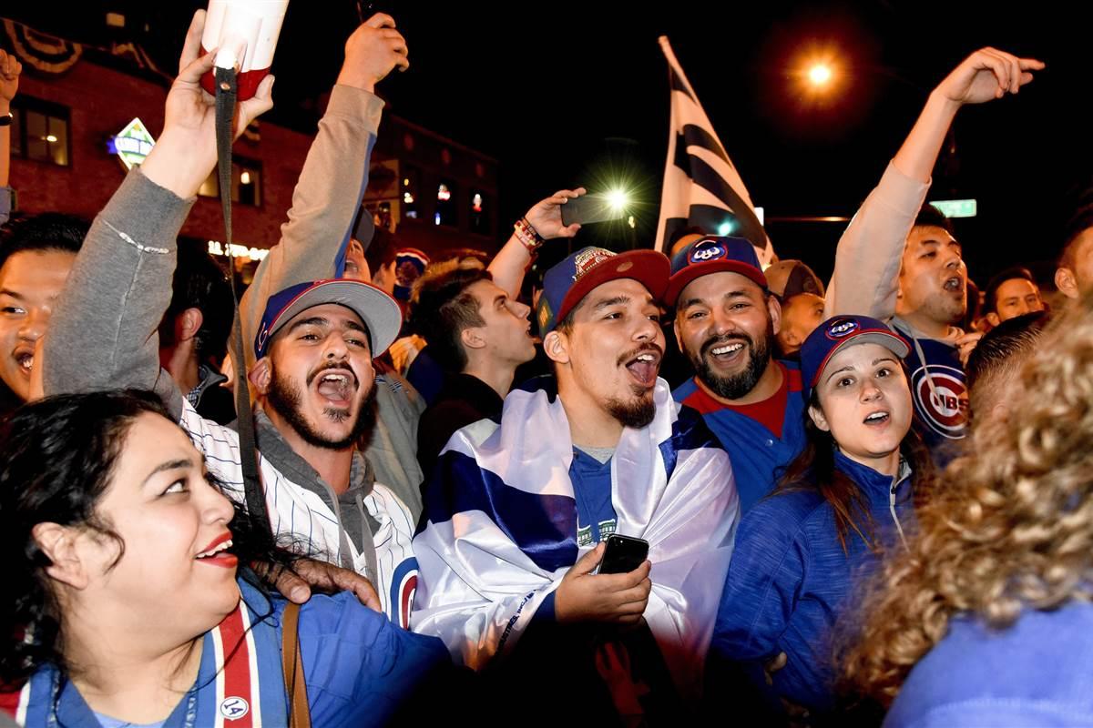 161023-cubs-fans-celebrate-jpo-1053a_c81ce0707903d0225b6d216720d348ce-nbcnews-fp-1200-800