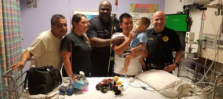 Officer SAVES Mother's Baby On The Side Of The Freeway, In A MIRACULOUS Way!