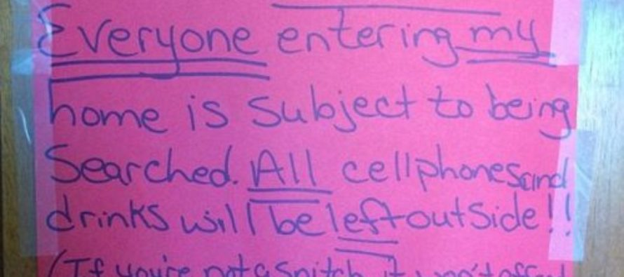 Heroin Dealers Arrested After Leaving 'Paranoid' Sign On Home Window…IDIOTS!