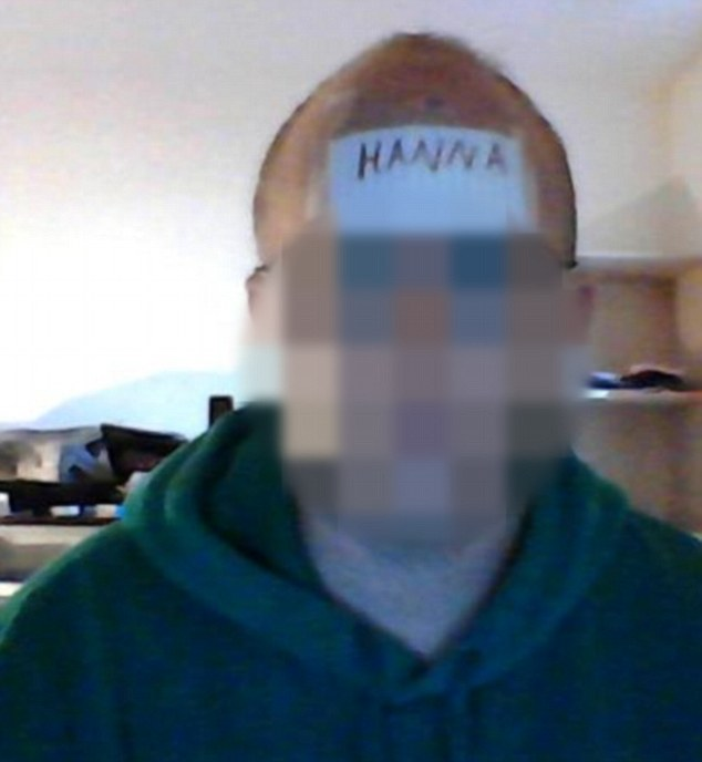 39b3dfc600000578-3870880-a_youtube_user_has_claimed_hanna_seeks_weak_socially_awkward_guy-m-70_1477405866386