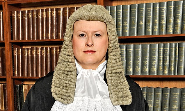 Dr Victoria Helen McCloud sworn in as Qu..........