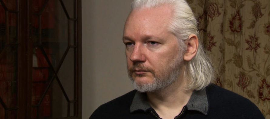 NOVEMBER SURPRISE! Assange Emerges From Hiding To Destroy Hillary AND Her Kind [VIDEO]