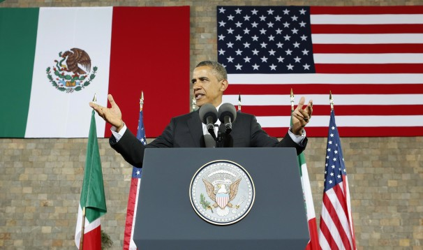obama-flags
