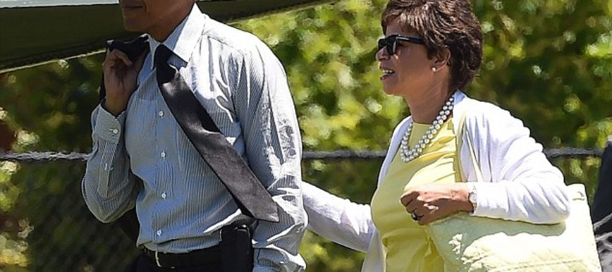JUST IN: Valerie Jarrett Has Convinced Obama To FIRE FBI Director, James Comey – After Election [VIDEO]