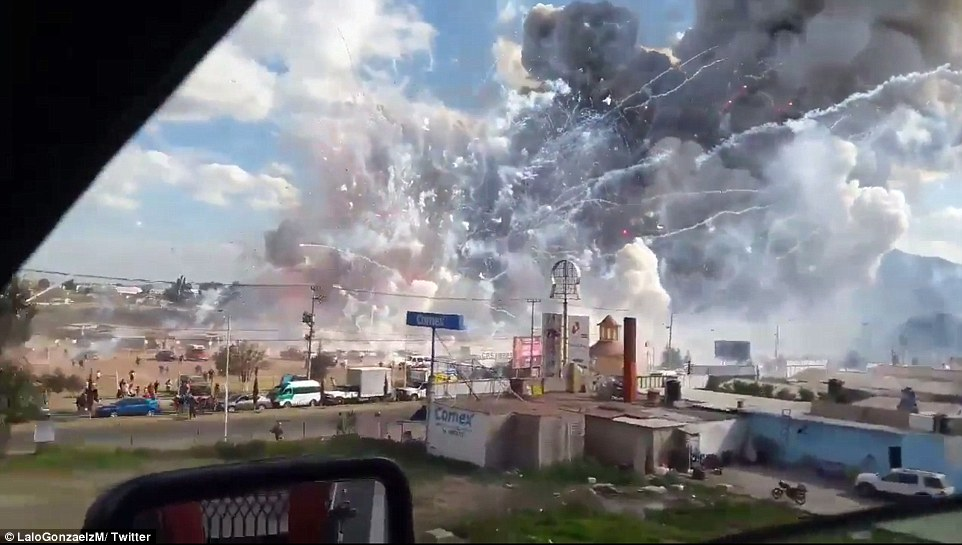 3b8c6f1500000578-4053294-officials_said_the_blast_pictured_had_left_27_people_dead_and_70-a-30_1482279329311