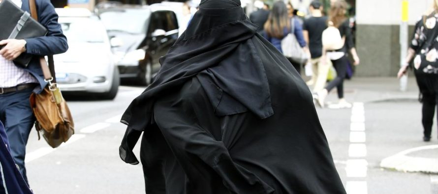 Muslim Tells Judge She Only Stands For Allah – Judge Shows Her There Is NO Allah In Her Courtroom!
