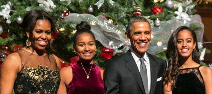 Obamas Release Last White House Christmas Card – Immediately People Notice Something ODD