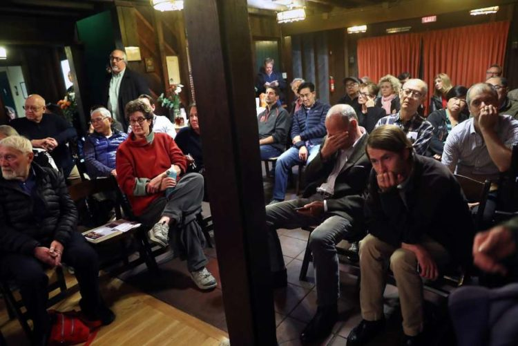 Residents attend a November meeting in Forest Hills where the neighborhood Board of Directors opposed a 150-unit project with affordable housing for seniors and the homeless.