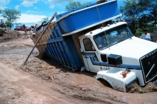 truck-stuck-in-mud.jpg